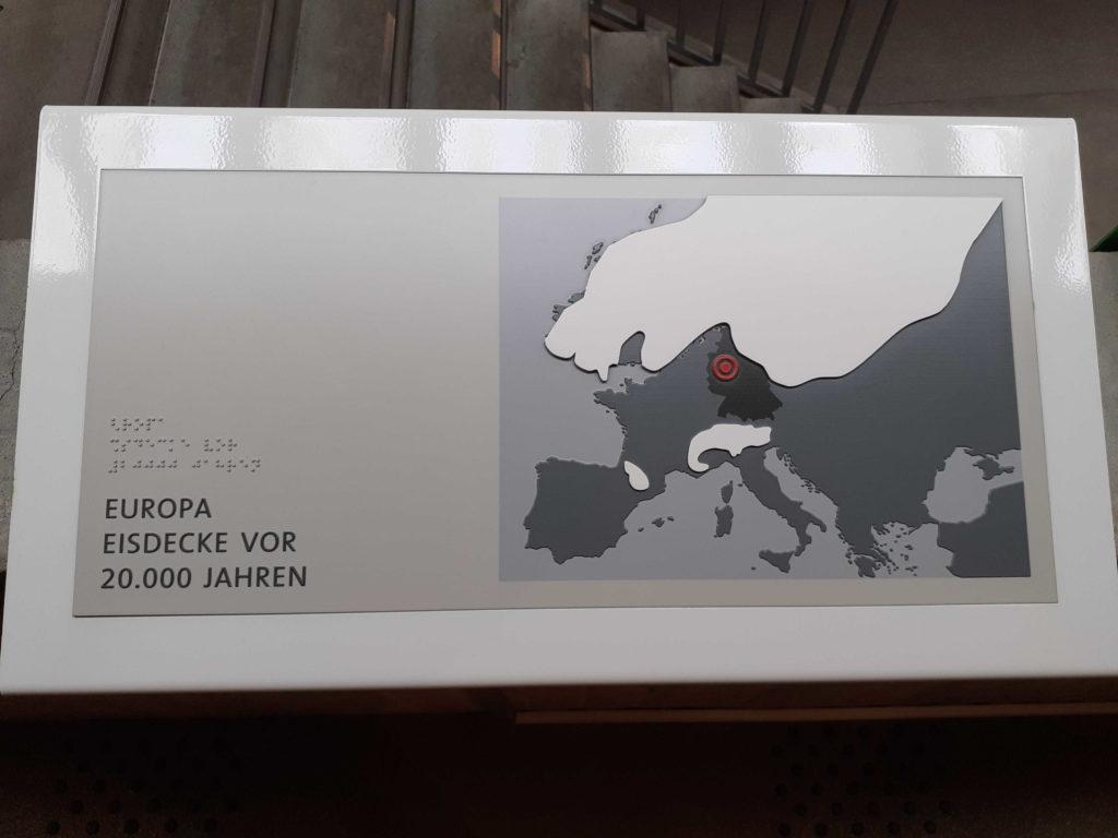 Die taktile Klimakarte zeigt die Eisdecke in Europa vor 20.000 Jahren.